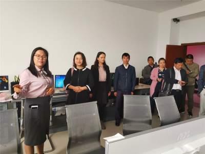 梁河县委宣传部一行到芒市融媒体中心交流学习