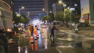【傣语】芒市城区扬尘如何治 ?清洗 、车辆管控齐上阵