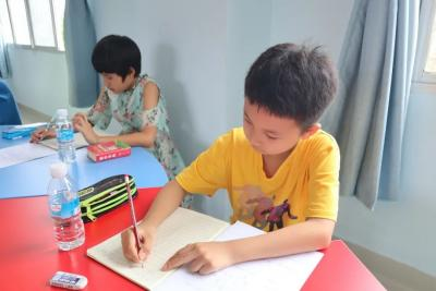 勐焕街道:公益课堂进社区,助推文化新发展