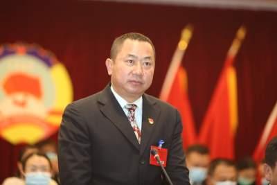 政协芒市三届五次会议政治决议
