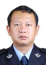 全国公安系统二级英雄模范——芒市公安局治安大队副大队长靳保忠