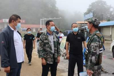 市委书记毛晓到乡镇督导疫情防控、防灾减灾等工作