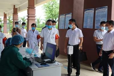 严防死守 精准施策 | 毛晓调研督导疫情防控和毒品整治工作
