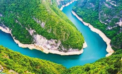 """新思想引领新征程·时代答卷丨唱响新时代绿色发展""""长江之歌"""""""