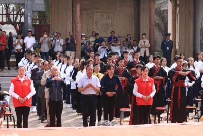 弘扬优秀传统文化 腾冲80名学生集体行成人礼