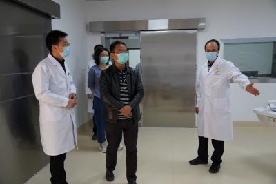 赵碧原到我市疫情防控重点医疗单位调研指导工作