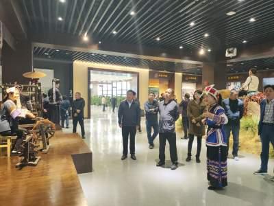 腾冲市赴丘北县考察学习国家5A级旅游景区创建经验