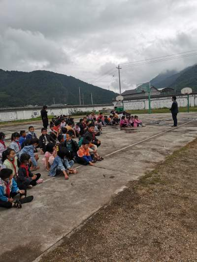 固东镇小甸完小开展消防安全教育活动