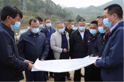 杨军到猴桥考察边境疫情防控