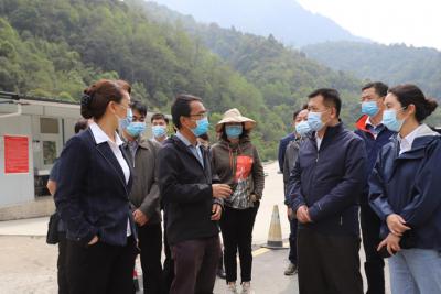 国务院联防联控机制综合组到猴桥镇调研疫情防控工作