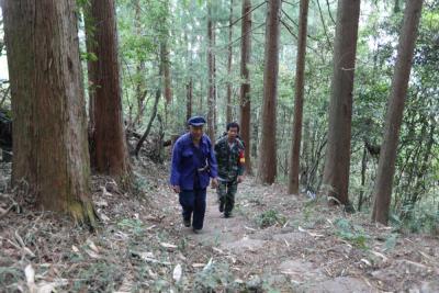 新华网云南频道:一家三代70年如一日倾心守护高黎贡山