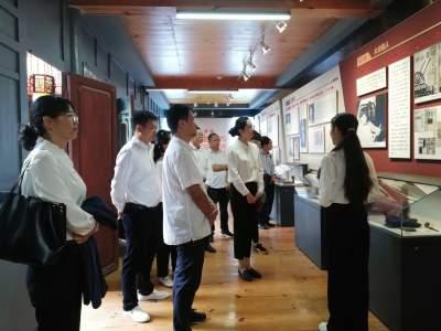 市医保局与中国人寿腾冲支公司联谊开展党史学习教育活动