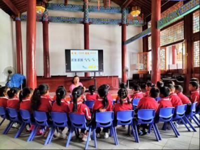 蒲川乡中心学校开展幼儿教师教学技能竞赛