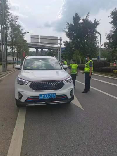 腾冲市运管局开展机场线非法网约车整治工作