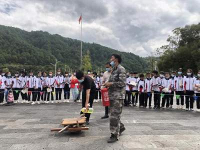 明光镇开展校园安全培训
