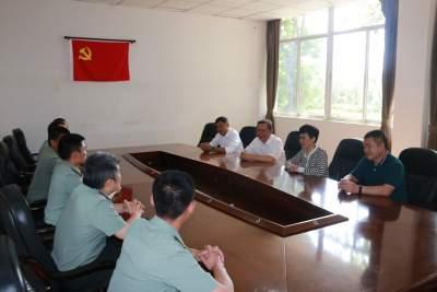 共叙鱼水情深 共谋军地发展  市领导走访慰问部队官兵