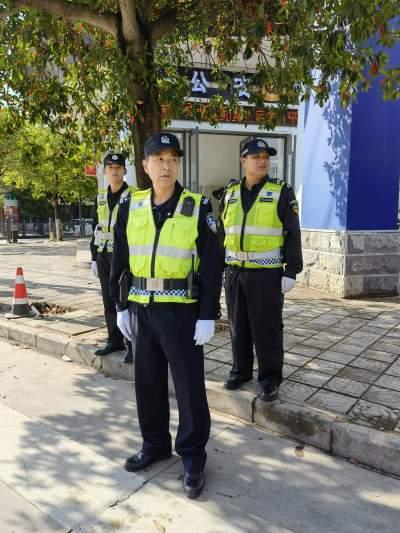 陈文平:36年的巡警初心