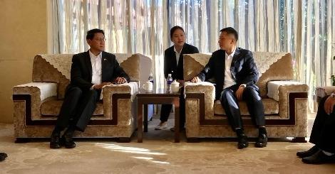 德宏州州长卫岗与缅甸驻华大使吴苗丹培会晤