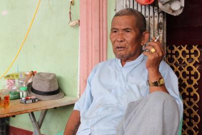 中缅边境第七代祖传傣医传承人—约相尚依