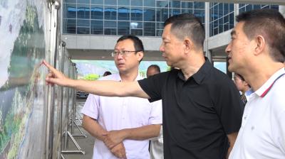 省人大代表调研中国(云南)自由贸易试验区德宏片区建设工作