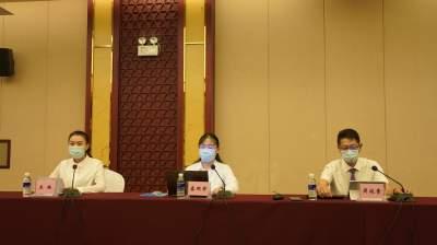 省、州疾控专家:瑞丽要严格居家管理才能快速控制疫情