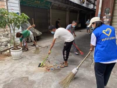 友谊社区集中开展环境卫生大整治专项行动