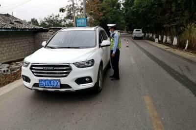 陇川交警发挥警种优势严打跨境违法犯罪维护边境安全稳定