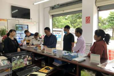 陇川县开展食品安全暨食用野生菌中毒防控工作督查
