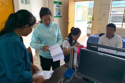 扶贫攻坚:陇川县卫生健康局健康扶贫督战小分队在行动
