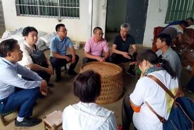 上海市青浦区工商联、企业界考察组到陇川县考察