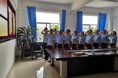 陇川公安交警开展庆祝中国共产党成立99周年系列活动