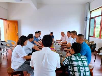 州委常委、州委组织部部长李志明到勐约乡调研指导工作
