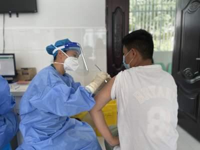 学史力行   户撒乡党员干部齐上阵 顺利完成15-17周岁疫苗接种工作