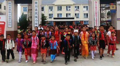 做铸牢中华民族共同体意识的播种机