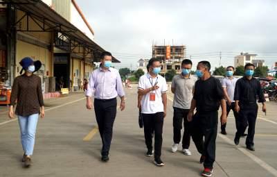 县委书记郑洪云督查疫情防控、爱国卫生7个专项行动、创建国家卫生县城工作