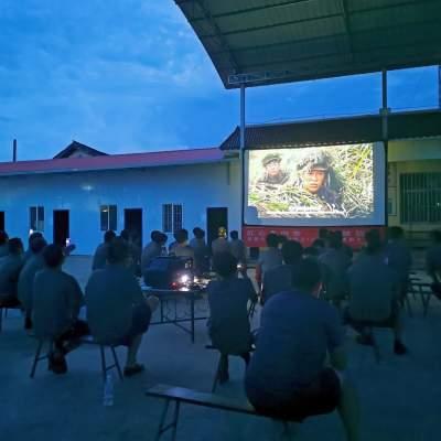 学史力行  陇把镇:驻地民兵掀起观看爱国主义教育题材影片热潮