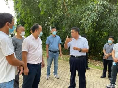州人大常委会副主任宋雨发到城子镇调研