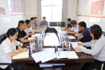 县人大常委会领导到护国乡调研指导工作