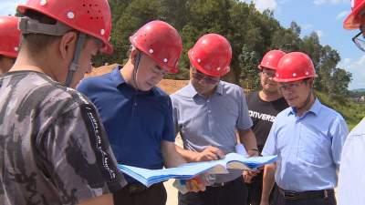 水利部督导组到丘北县督导小型水库除险加固工程