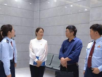 省第六届全国文明单位参评复查实地测评组到丘北县税务局测评