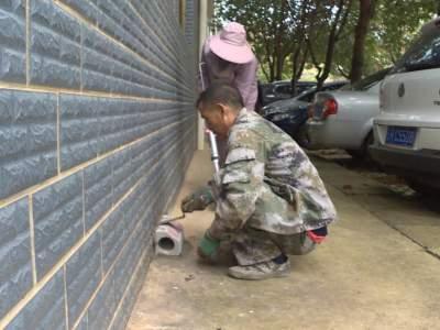 爱卫行动|丘北县增设灭鼠毒饵站3600个