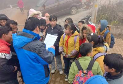 丘北县持续开展关爱农村留守儿童和困境儿童进村(居)进家庭宣讲活动