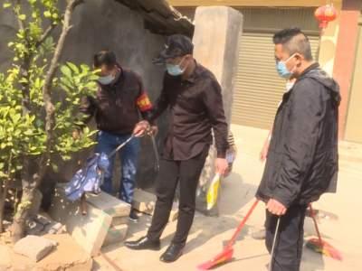丘北县融媒体中心开展病媒生物防治志愿服务活动