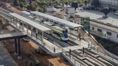 全国首条衔接高铁站和5A级景区的电车在这里