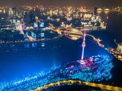 习近平时间|打造新时代英雄城市新面貌