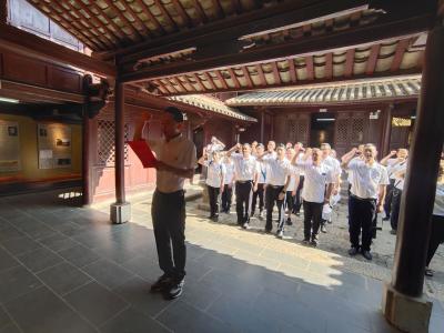 """丘北县文化和旅游局紧扣""""中国旅游日""""开展支部主题党日活动"""