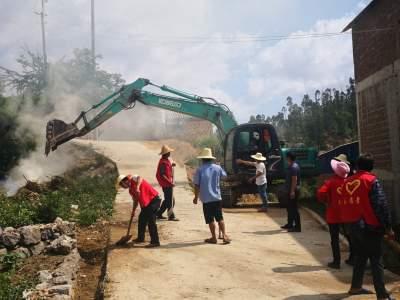 """丘北县树皮乡""""五个一""""活动扎实推进农村人居环境整治工作干在实处"""