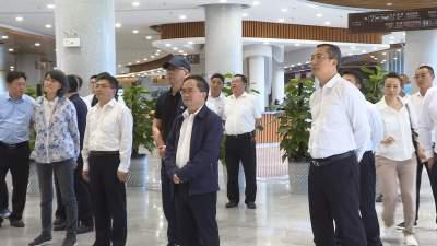 副省长崔茂虎到丘北县调研文化旅游业发展工作