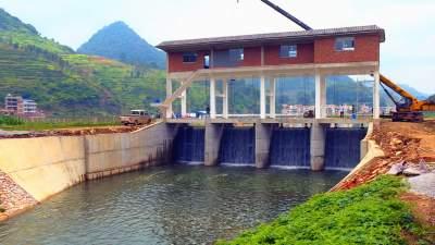 沪滇帮扶:丘北县平寨村上海援建提水闸让百姓受益