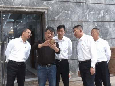 州委副书记杜建辉到丘北县调研重点产业发展情况